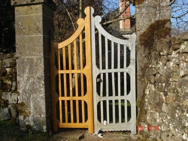 portail bois créé à l'identique